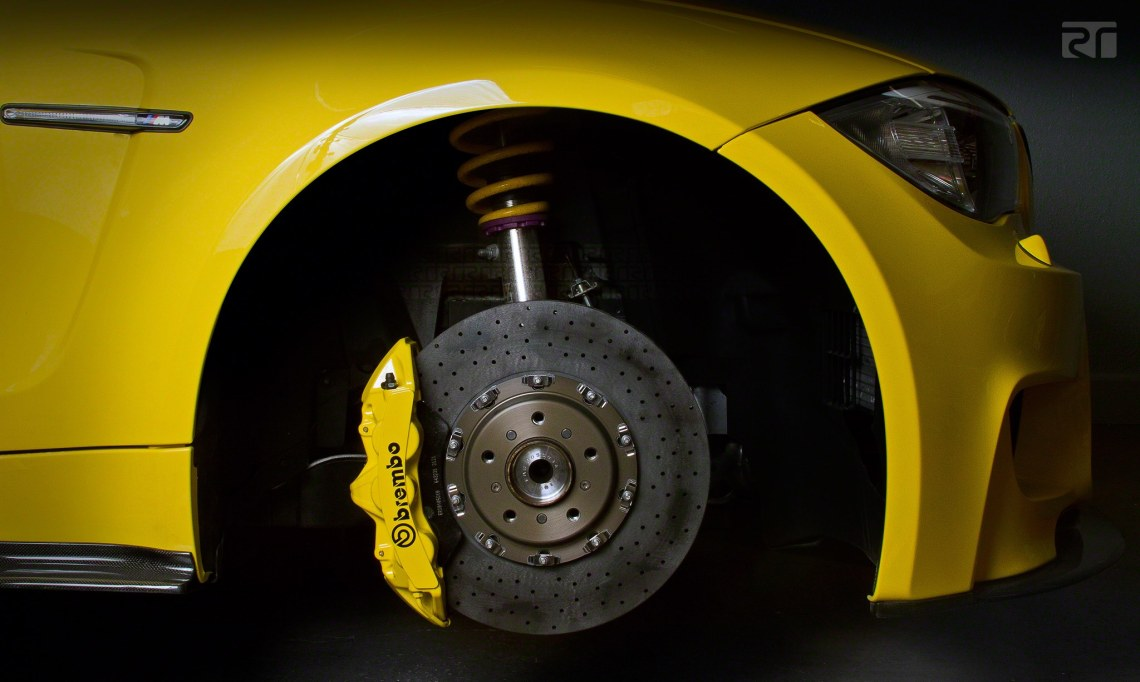 BMW 1M with Brembo CCM-R discs and GT system