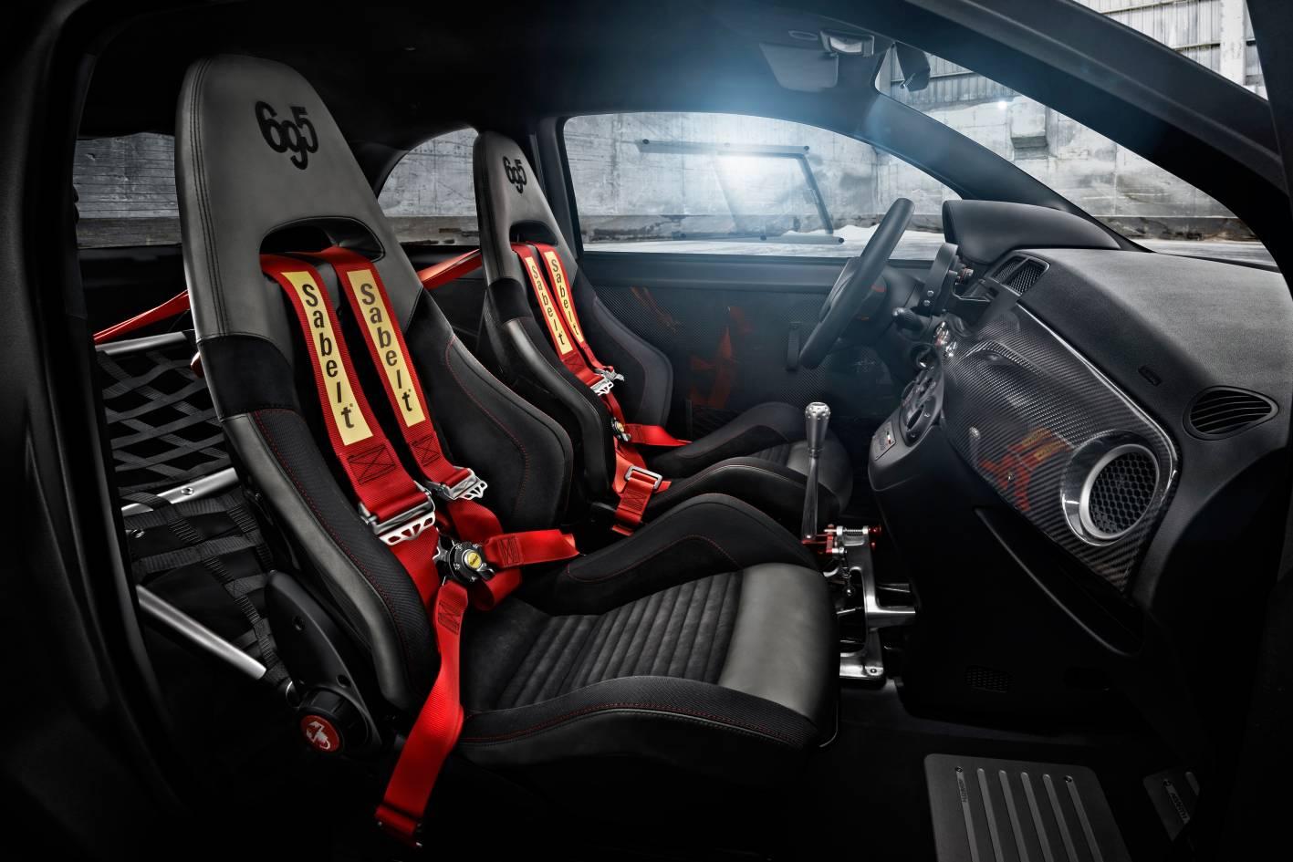abarth-695-biposto-racing-seats.jpg