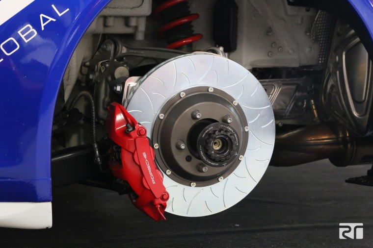Brembo Performance Type III rear discs installed on GMG 991 GT3