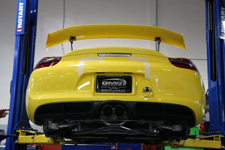 Cayman GT4 Rear wing and diffuser