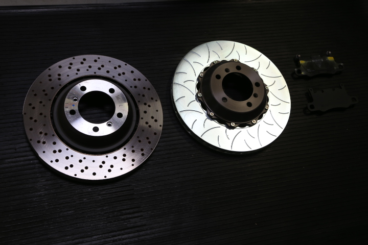 Cayman GT4 OEM disc versus Brembo Type 3 disc assembly
