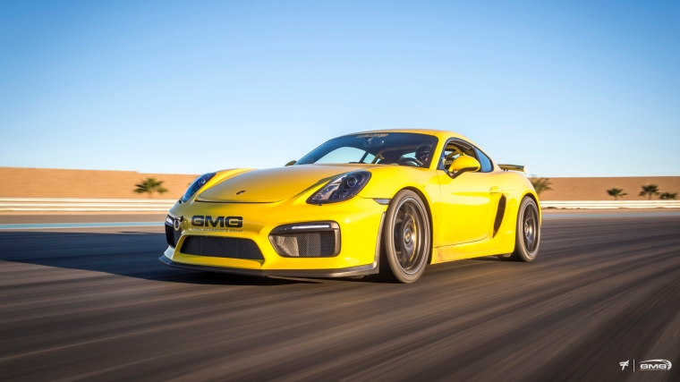 Porsche Cayman GT4 front bumper with adjustable flaps integrated in the bumper